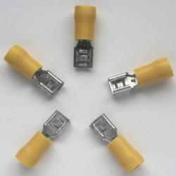 COSSE A SERTIR 6.35mm jaune FIL 6mm² par 5 pièces